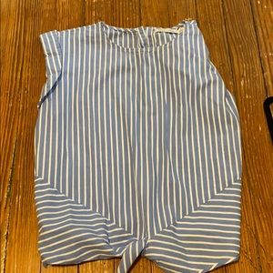 Stripped blouse with bottom tie